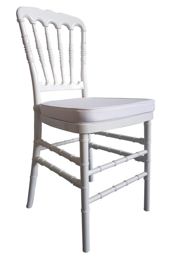 Parigina, Stackable chiavarine chairs