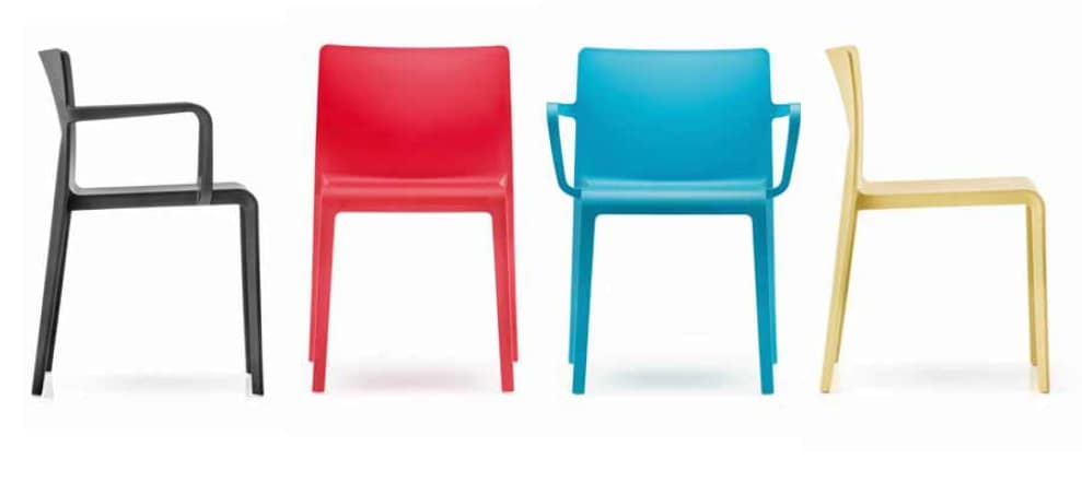 Volt-P, Weather resistant chair, with armrests