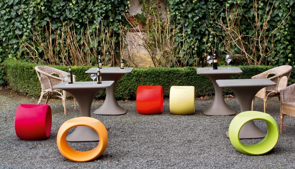 Milo, Outdoor table for contract use, with lighting