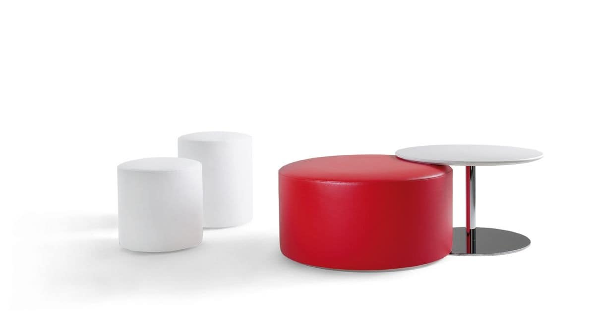 Kroff, Modern single color pouf with wheels, for waiting areas