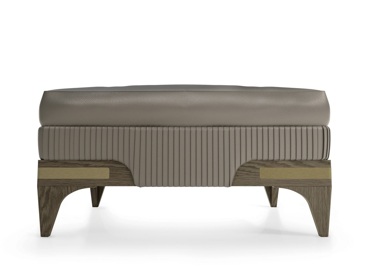 Alexander Art. A62, Pouf in leather and wood