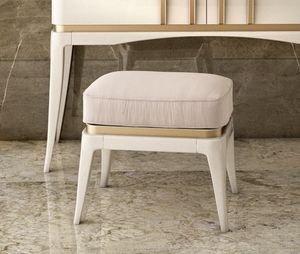 Art. 5611, Lacquered pouf, with padded seat