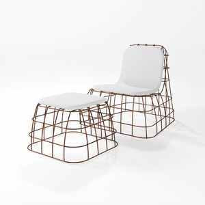 Bauletto, Outdoor pouf with iron structure