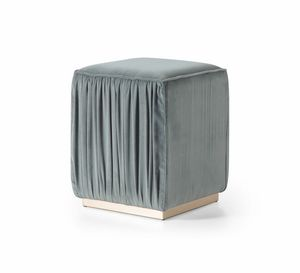 Beverly Art. 609, Pouf in ruffled fabric
