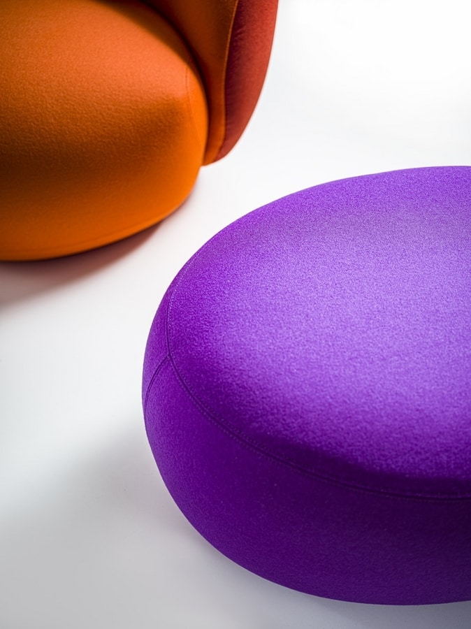 Botero Pouf, Pouf for waiting rooms