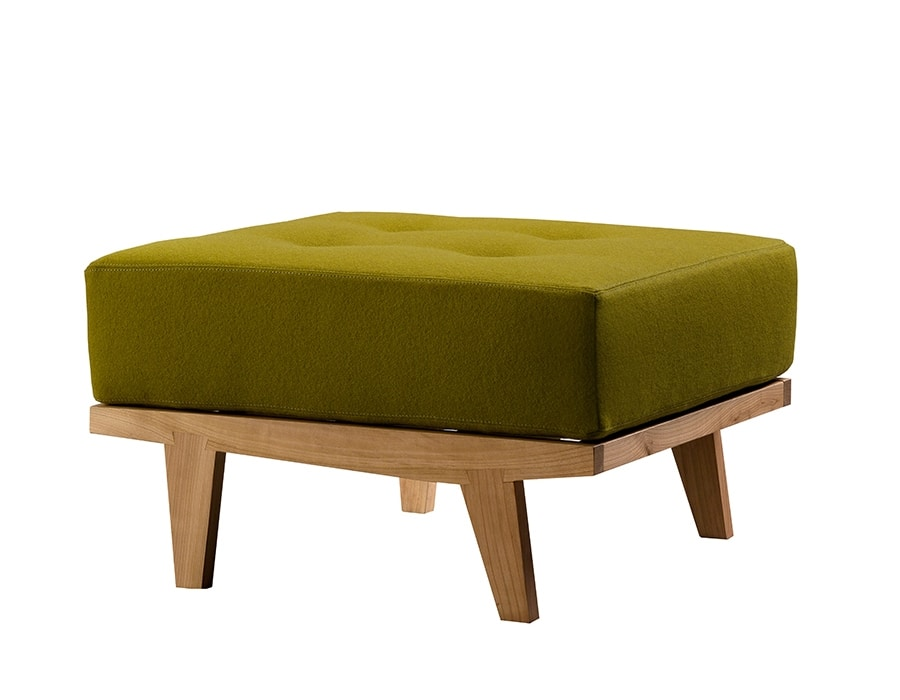 Daphne 5327, Pouf with removable padded cushion