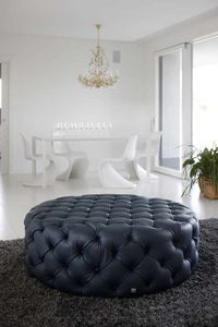 POUF, Quilted leather pouf, classic style