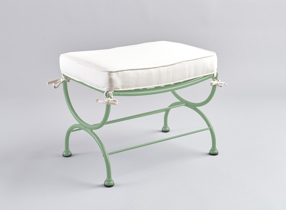 ROMBI GF4002PO, Iron footrest with outdoor cushion