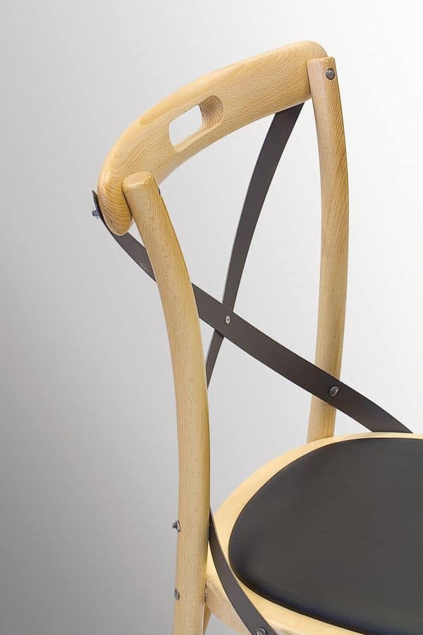 Ciao Antra M, Curved bentwood chair, padded seat