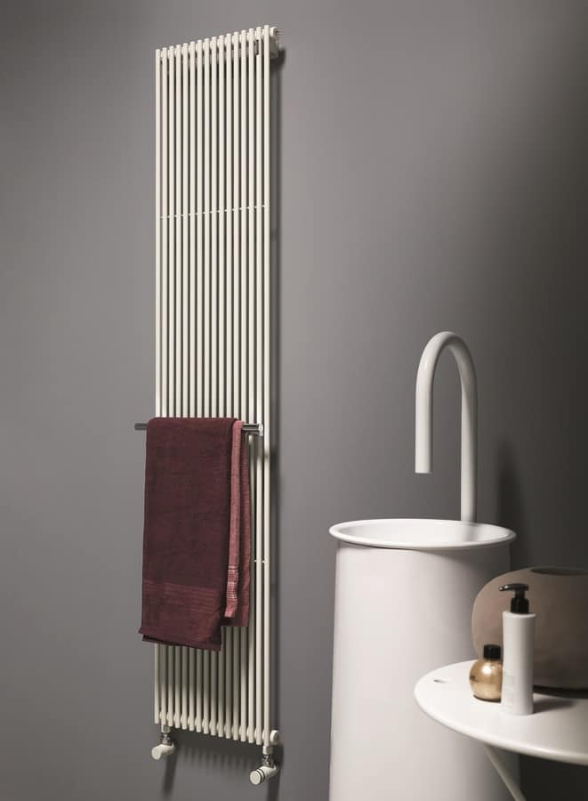 Basics 14, High performance radiator, in tubular steel