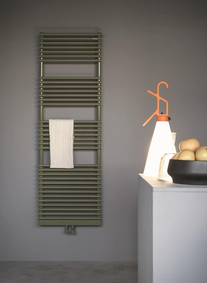 Bath 20, Chromed radiator for bathrooms, available in different sizes