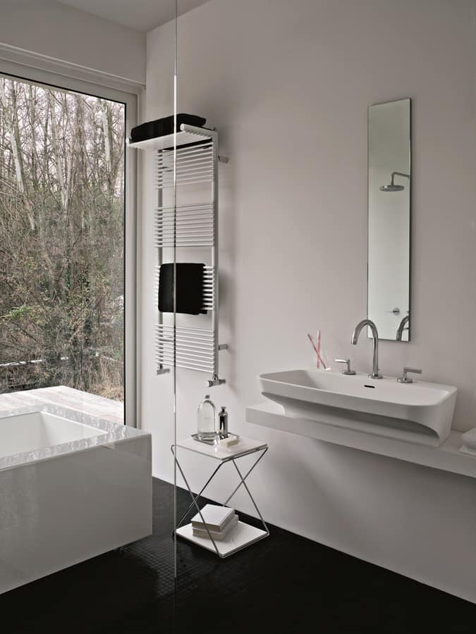 Hotel 14, Towel warmer, with shelf for spare towels