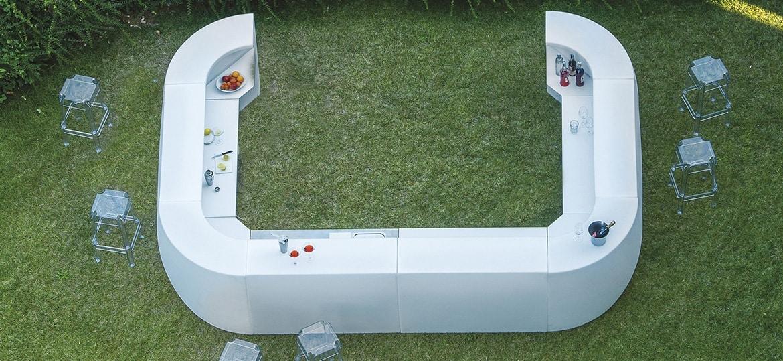 Igloo, Modular outdoor bar counter