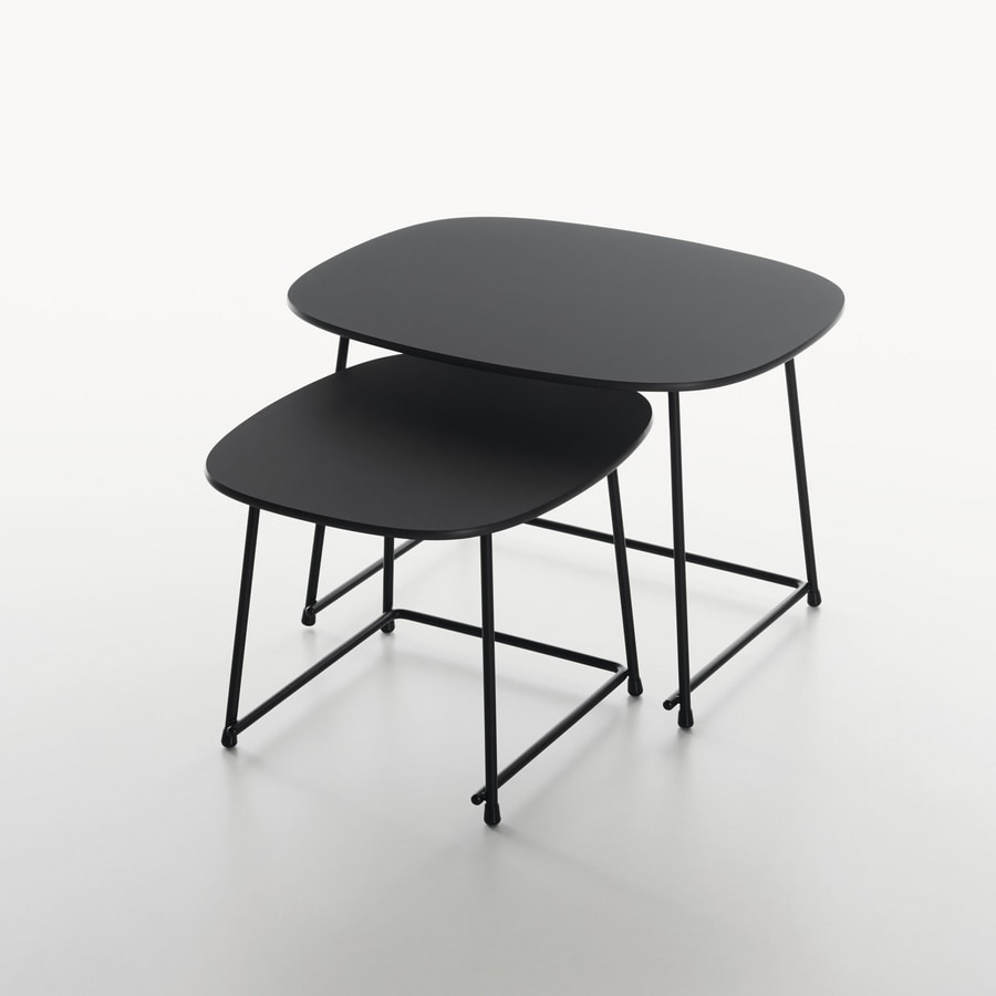 Cup mod. 9100-51, Low tables for lounge area