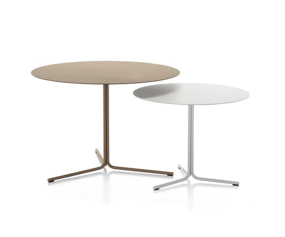 Kapio 46, Steel coffee tables for waiting areas