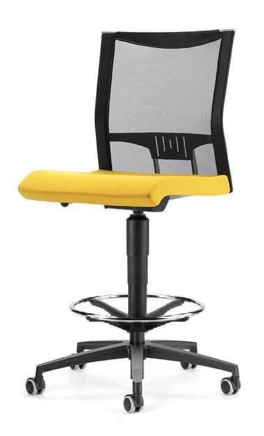 AVIANET 3730, Stool with wheels and mesh back, for office
