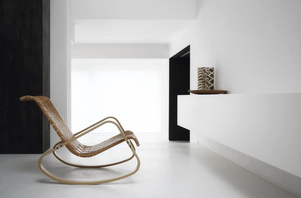 Dondolo, Rocking chair in wood, seat in woven leather