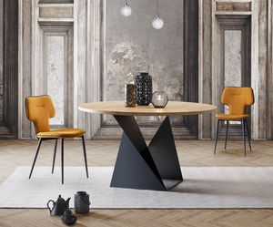 Cube, Elegant and harmonious table