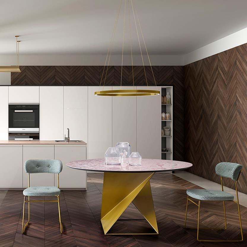 Cube, Elegant and harmonious table