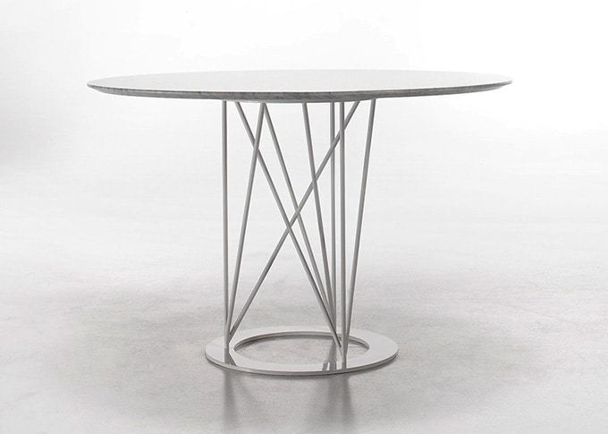 Flight, Round table, with steel base