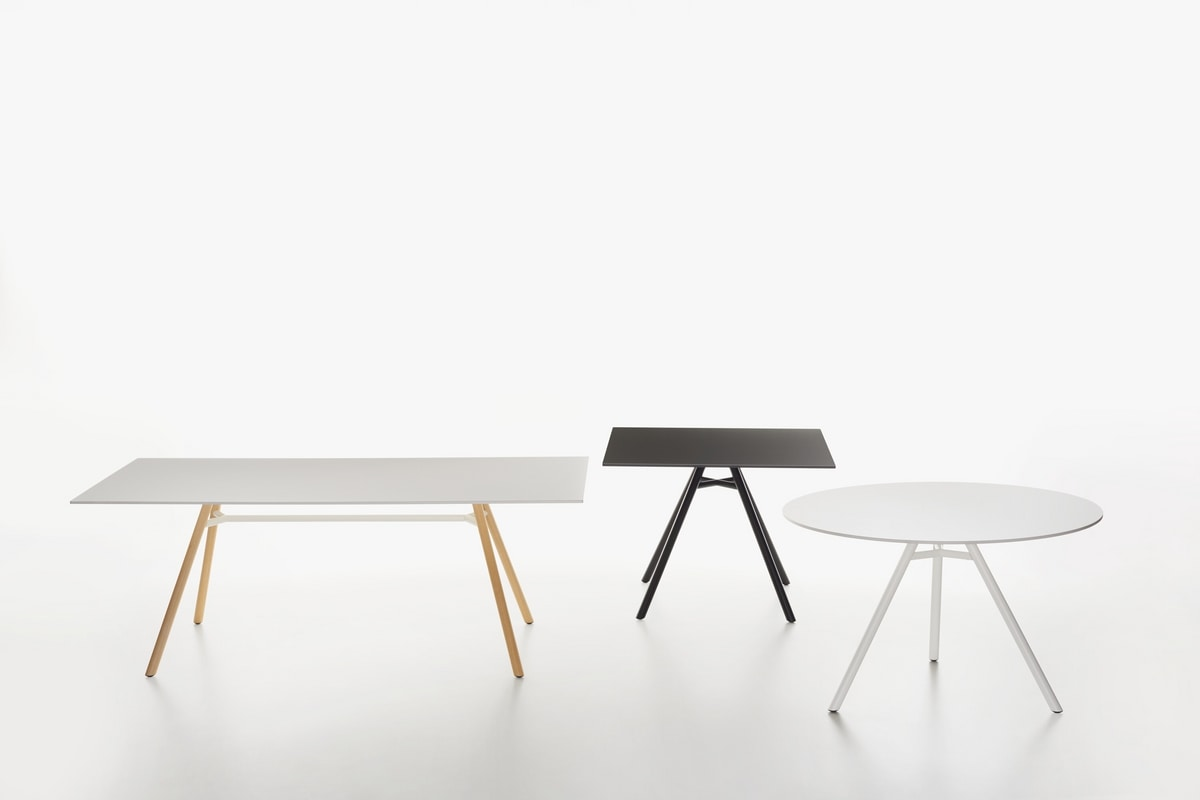 Mart mod. 9834-01 / 9835-01, Table with round top in HPL, available in various colors