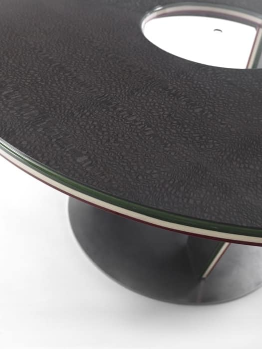 Table Three Rounds, Round table in a modern style, made of laminate