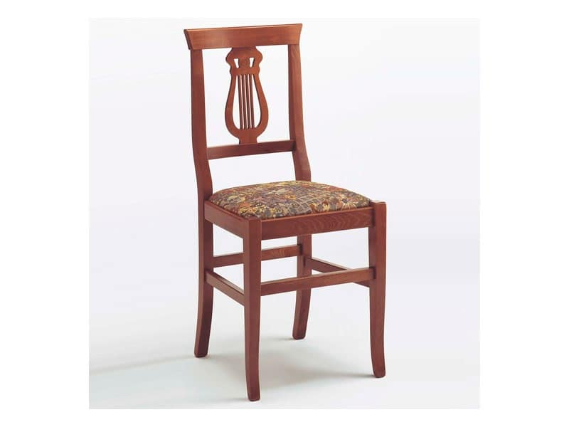 112 B, Sturdy chair in wood and straw, for taverns and bars