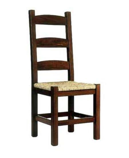 Friulana, Rustic chair with wood structure and with seat in straw