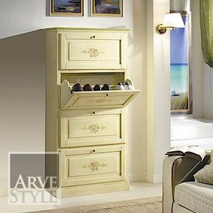 Canaletto shoe rack, Shoe rack in classic style