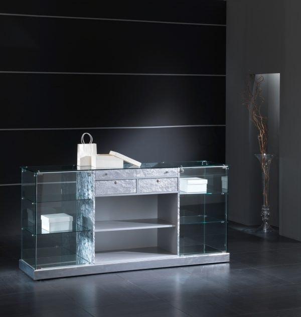 Black&White 18/B, Shop counter with showcase