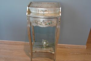 Art. 134, Side table with drawer, in silver wood