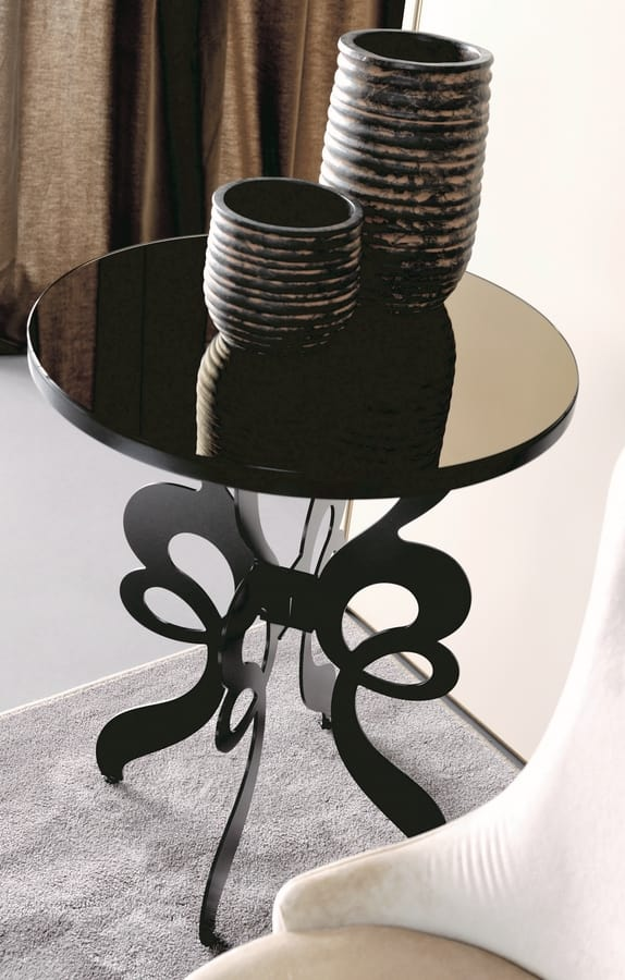 Celine Art. 306, Round table with laser-cut iron base