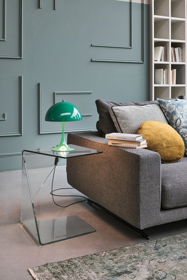 DIAGONAL TLC21, Side table made of curved glass
