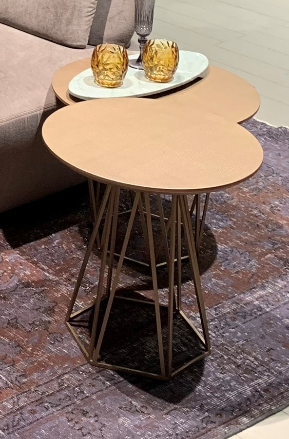 DIAMOND comp.02, Side table with hexagonal base
