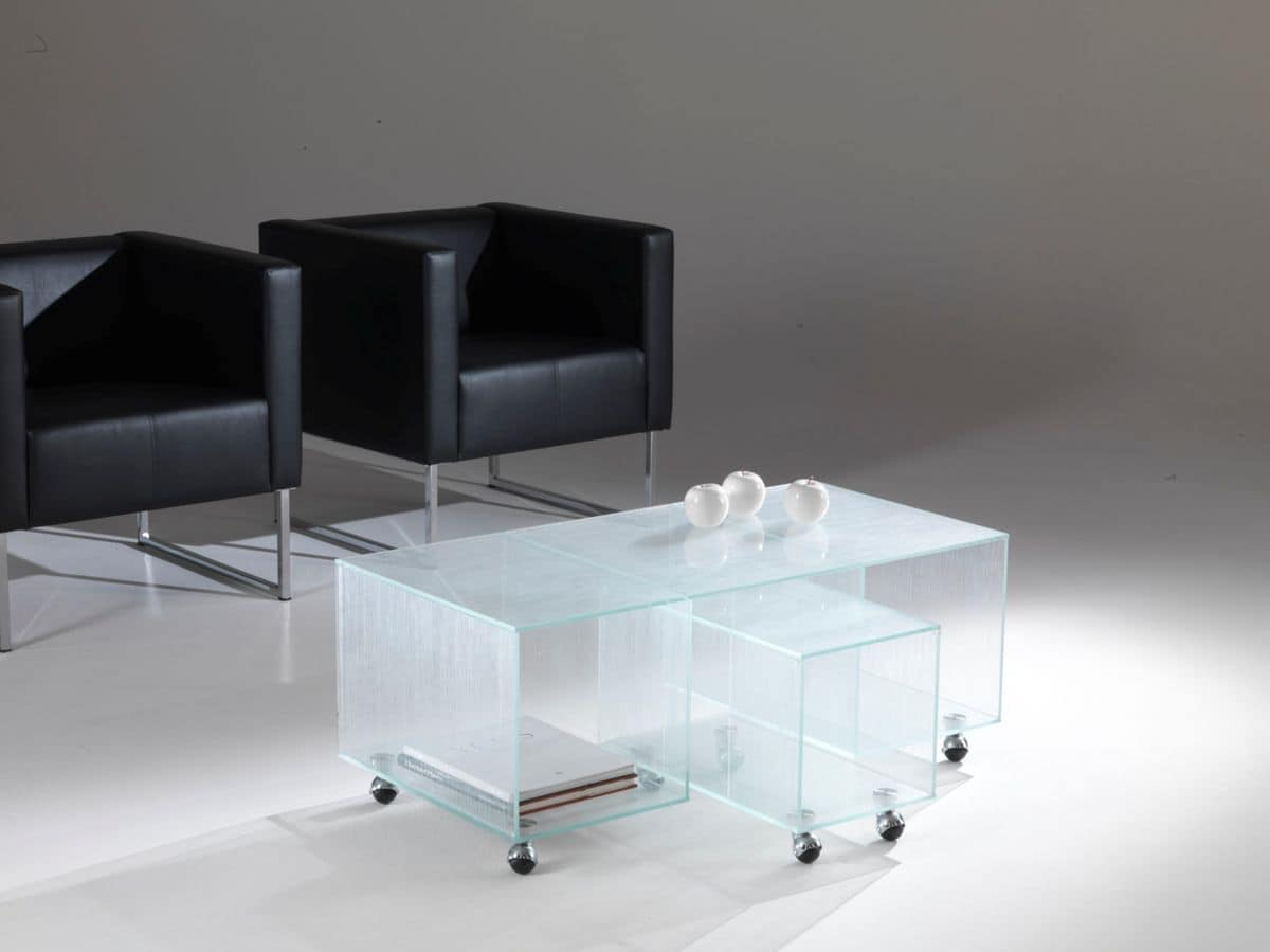 Tavolino 04, Coffee table with wheels, made of glass, for waiting areas