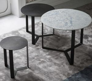 Tris, Metal tables, stackable horizontally