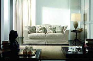 Amarcord, Classic sofa, with customizable cushions