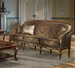 ART. 2867, Classic sofa with gold details