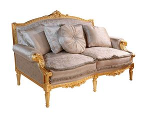 Art. 390/2, Classic style sofa, carved