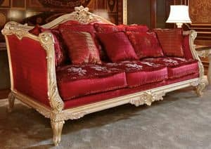 Art. 705, Elegant and luxurious hand-carved sofa