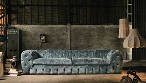 Autografo, Sofa with capitonn� padding
