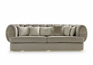Babylon, Comfortable sofa with soft shapes