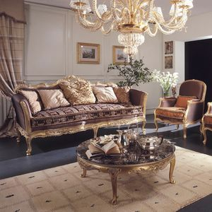 Delizia sofa, Classic style sofa with handmade carvings