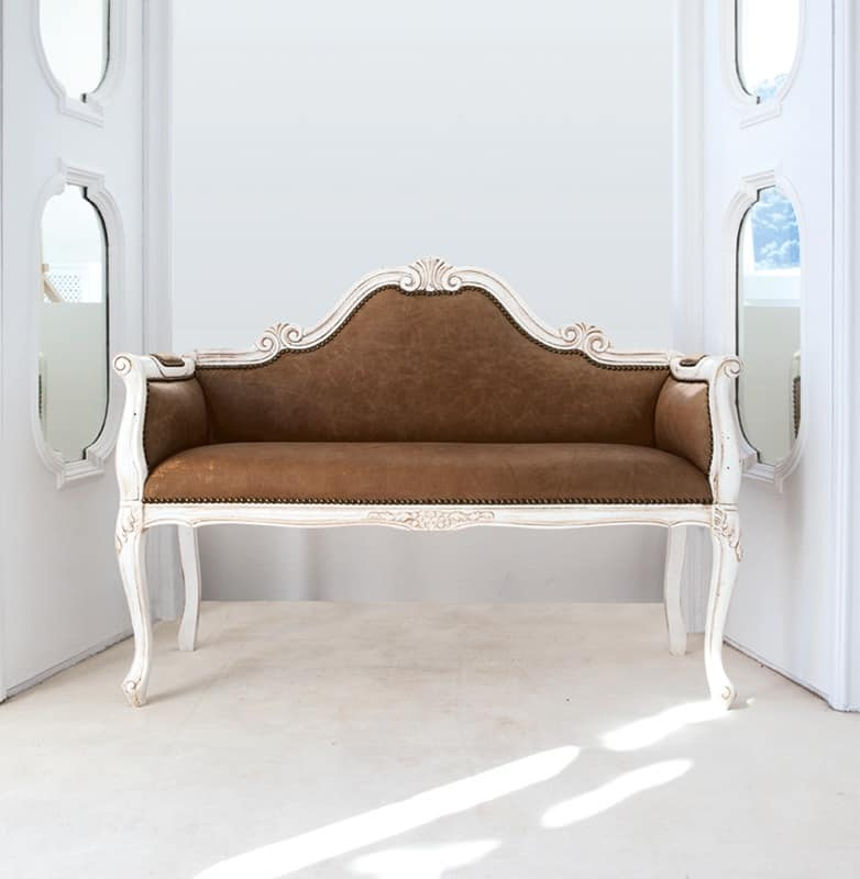 FENICE Art. 1574, Lacquered leather sofa, in luxurious classical style