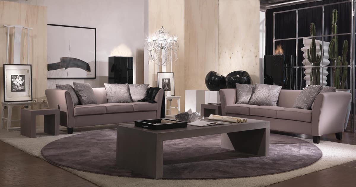 Genny, Elegant sofa in a classic contemporary style