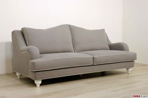 Giove sofa, Sofa of classic lines
