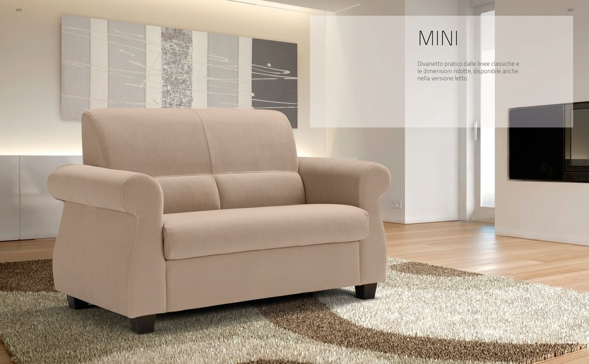 Mini, Sofa with classic lines