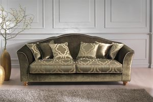 Raja, Classical sofa with contemporary fabrics