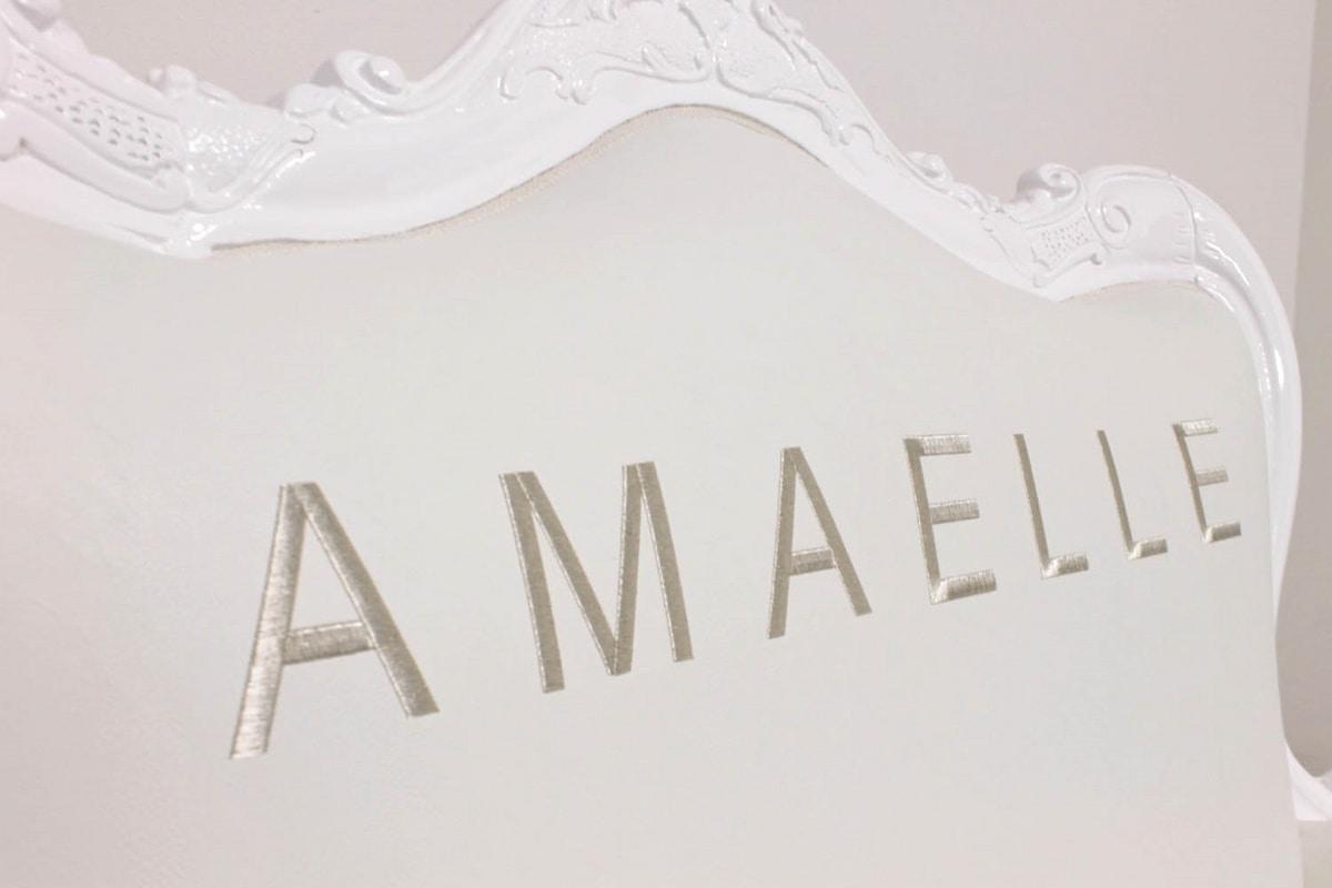 Regale, White baroque sofa
