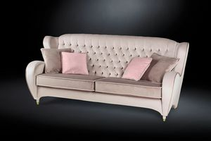Schinke, Sofa with a classic design